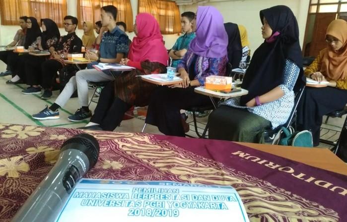 Pelatihan Public Speaking Pilmapres dan Duta UPY